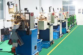 奥特压簧机器生产线